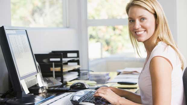 Sjednání půjčky online přes počítač